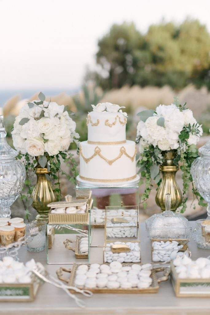 Mykons-wedding-photographers-90-684x1024.jpg