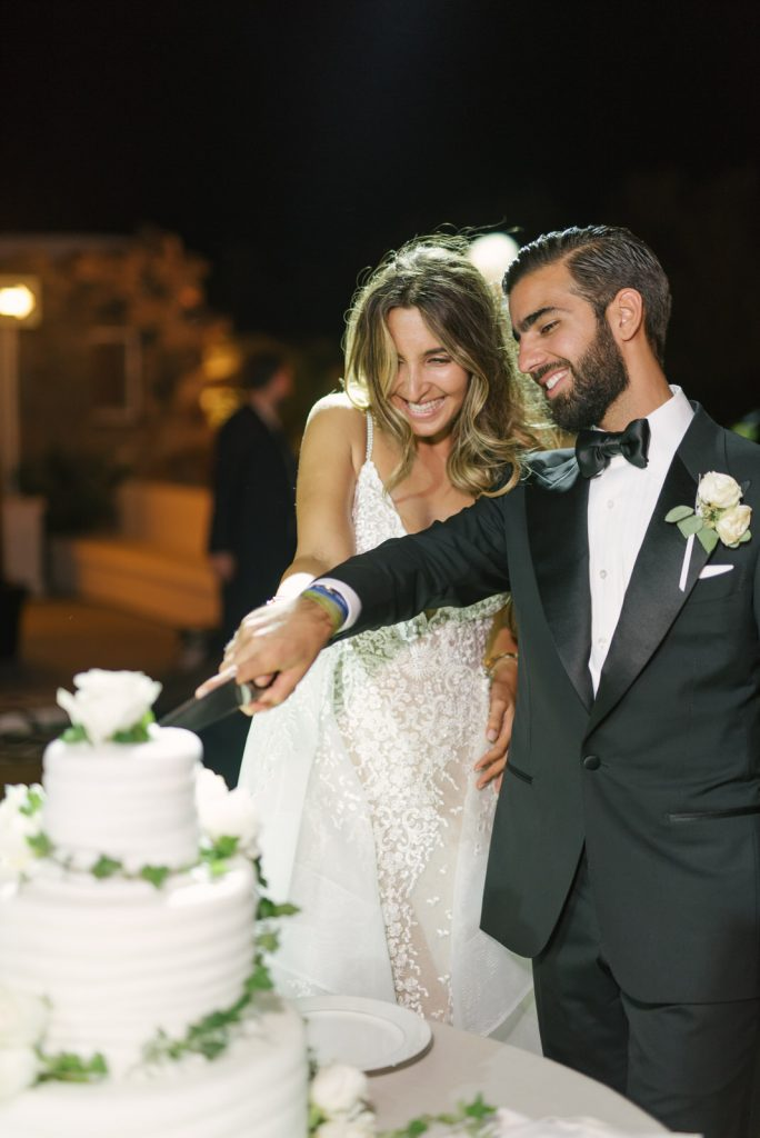 Mykons-wedding-photographers-220-684x1024.jpg