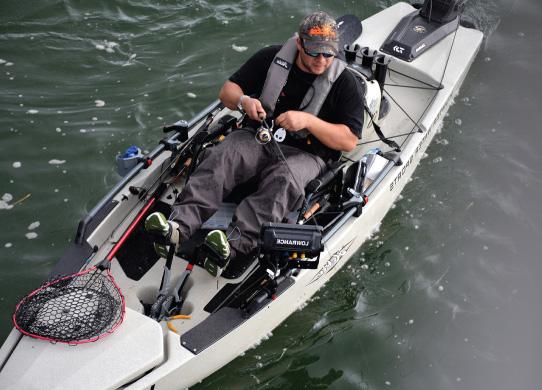 kayak-pedal-drive-hobie.jpg