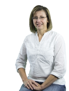 Robyn Huffman Staff Photo.jpg