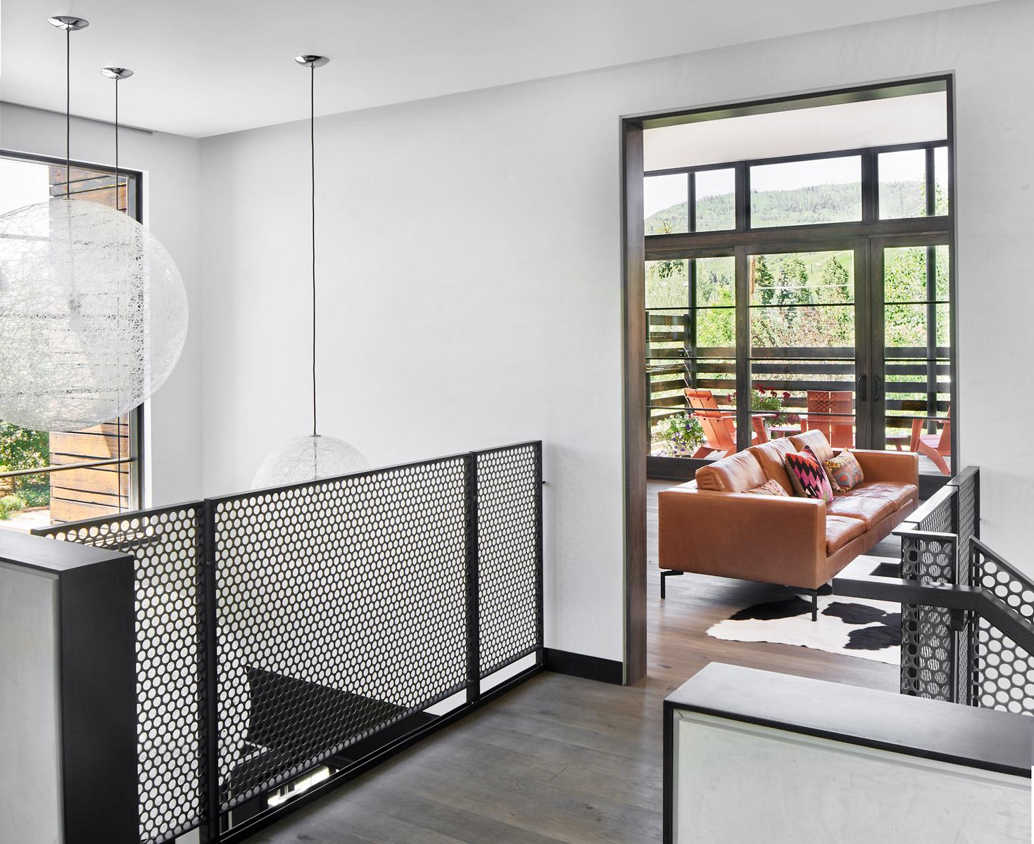 Gerber-Berend-325-9th-Street-6-20-17-Living-Room-Bridge-Web.jpg