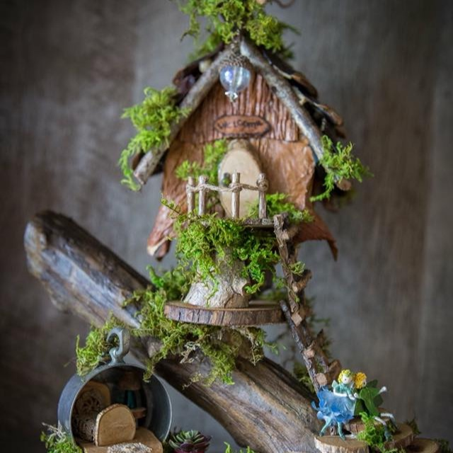 Fairy House Ladies - Fairy houses and accessories.