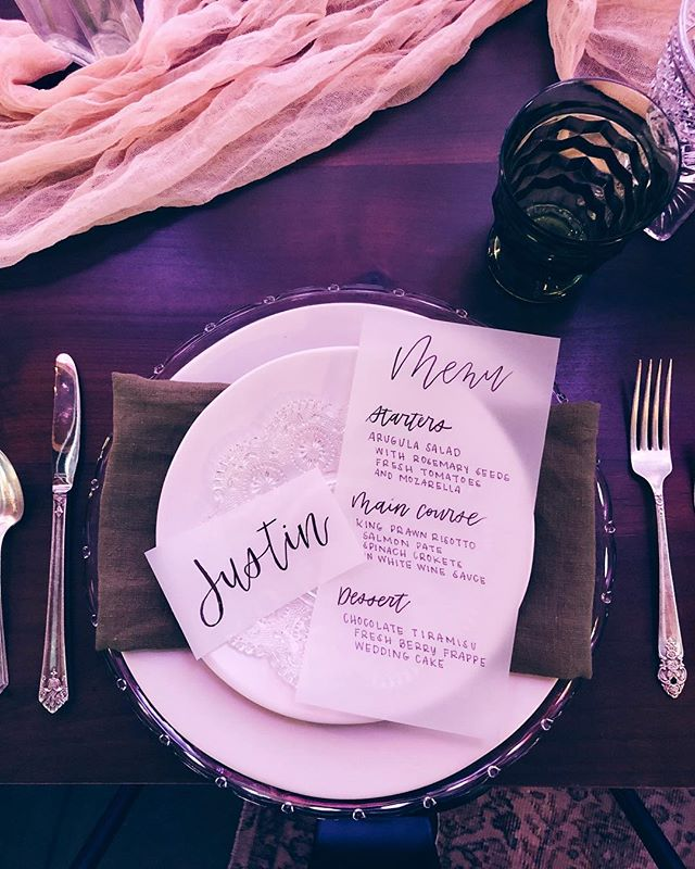 The #LuxeBridalEvent was so fun! Happy to be a part of it! 🥰💕 . . . . . . #weddingdetails #weddingdeets #weddinglettering #menulettering #nameplates #weddingcalligraphy  #letterpdx #lettering #handlettering #handletter #handwrittenfont #handtype #stationary #calligraphy #goodtype #moderncalligraphy #handmadefont #thatsdarling #handdrawn #brushcalligraphy #calligritype #typeverything #charligraphy