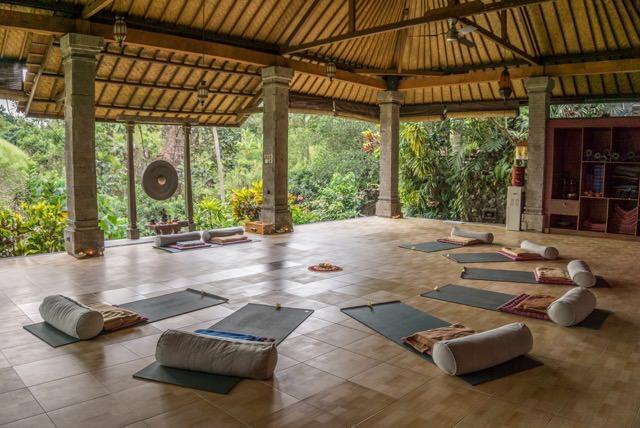 Bali_Yoga_Ubud_300x199.jpeg