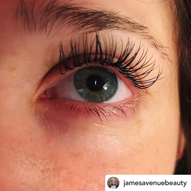 Posted @withrepost • @jamesavenuebeauty Sometimes you just need a little to make a big difference! Loving this simple classic set on this pretty lady! 🌸🌻 Book now for your simple to glam set of lashes today! • • • #coloradohairstylist #nocohair #lovelandhair #lovelandhairstylist #vjamessalon #blonde #blondebabes #babylights #balayage #roots #coloradohair #instabeauty #hairstylist #hairsalon #hairtrends2019 #loveyourself #treatyourself #eyelashextensions #nocolashes #entrepreneur #womenempowerment