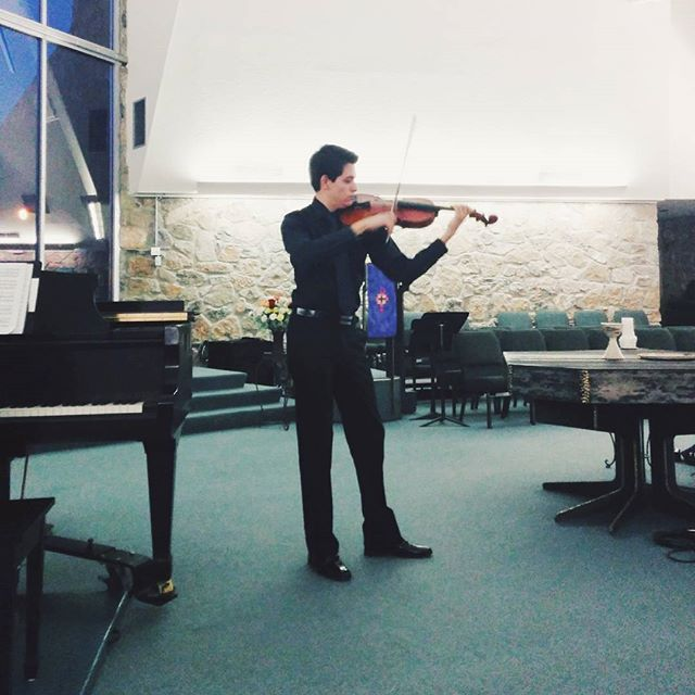 Finalist Orlando Javier Barajas performing at the 2015 Competition for Young Musicians #vscocam #vsco #violist #viola #elpaso #musicianlife #musician