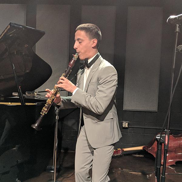 Jonathan López , clarinet