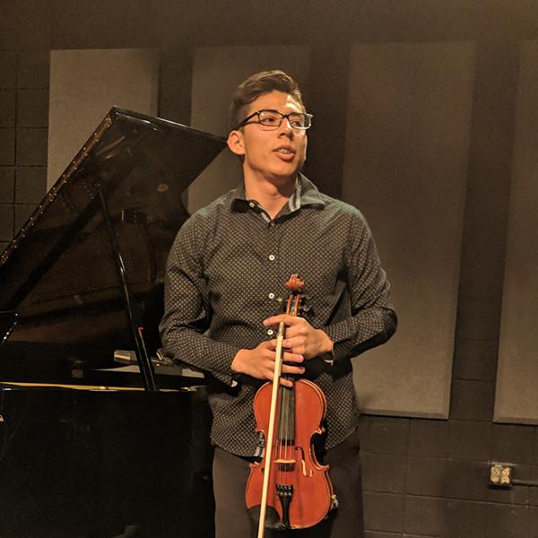 Juan Alexis Sánchez González , violin