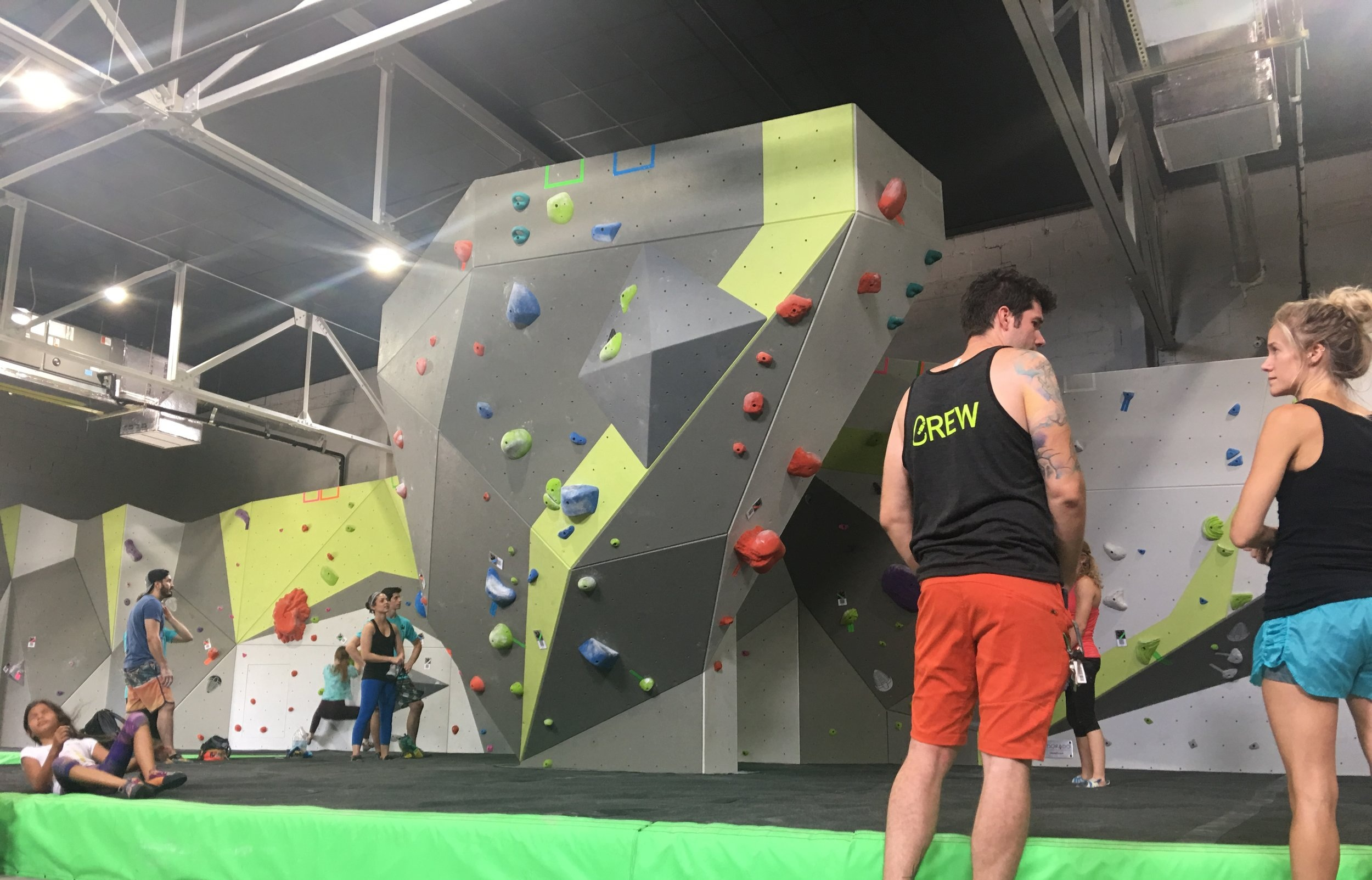 Options to Fit Your Lifestyle… - All members enjoy unlimited climbing and yoga/fitness classes, 2 guest passes/month (different guest each time), discounted climbing instruction and personal training, and full access to members only events.A day pass entitles you to full use of the facility (top rope, auto-belay, bouldering, and ninja rig for 1 day.