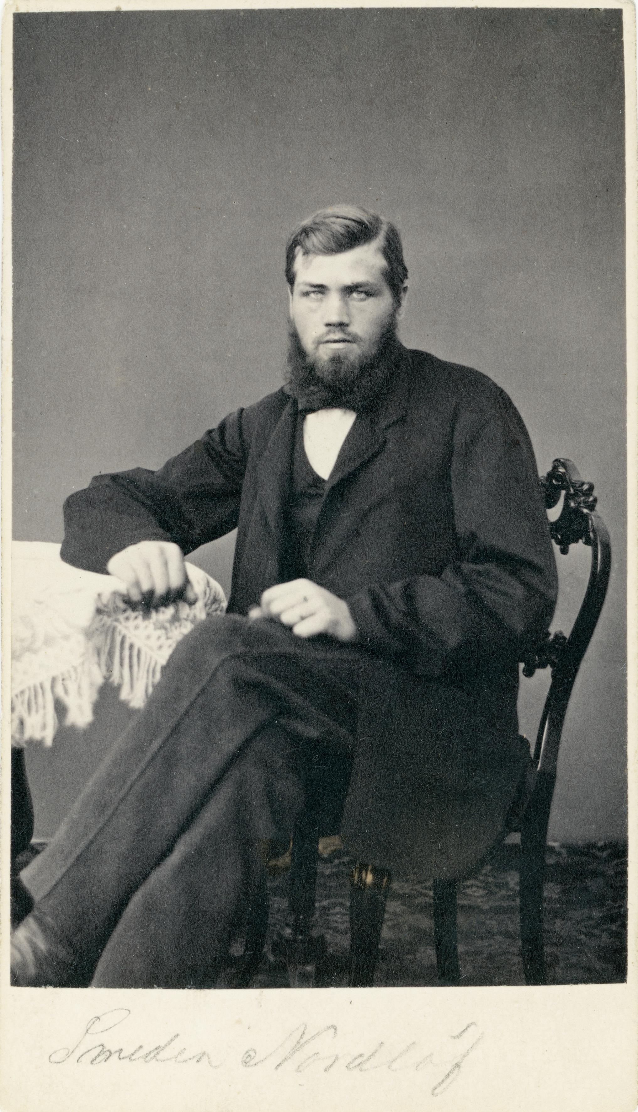 - Per Nordlöw f. 1845, smed med egen verksamhet i Enånger. Byggde första kraftverket i Hälsingland, Bäckeboström. Företaget tillverkade verktyg för skogsbruk. Eu Åke Nordlöw. Brodern Eric Nordlöw f 1837, d 5/9 1875, hade fotoateljé i