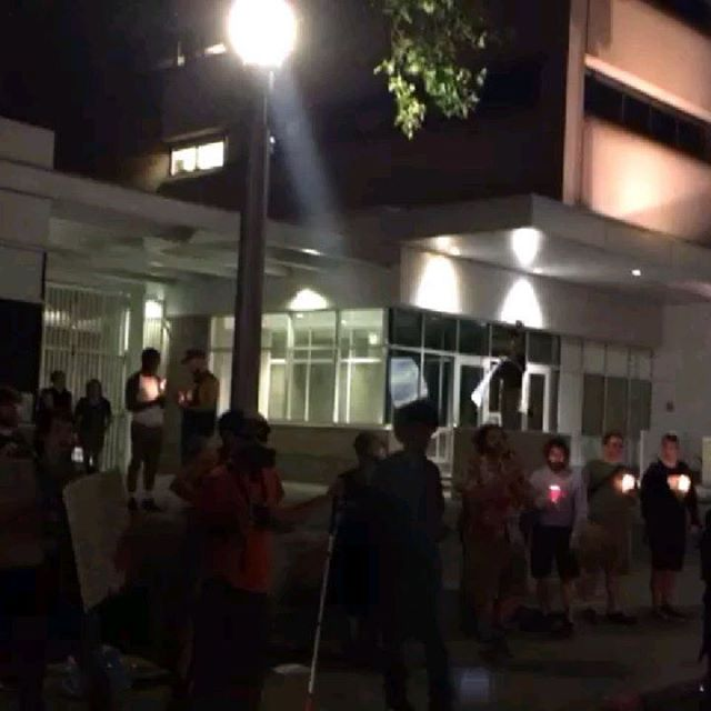 """Our friend @niborsilliw shared this video of 1 of 3 major #Lights4Liberty events in #Portland, OR: """"There was a large crowd but by the end it started to get chaotic. A lone young woman with a MAGA hat showed up. The crowd got aggressive. Then a car with a large Trump flag drove through the crowd."""" Meanwhile for 17+ nights Robin has been holding a #closethecamps vigil outside the ICE building. #dontlookaway #neveragainisnow"""