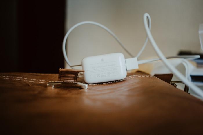 USB-rebecca-aldama-585108.jpg