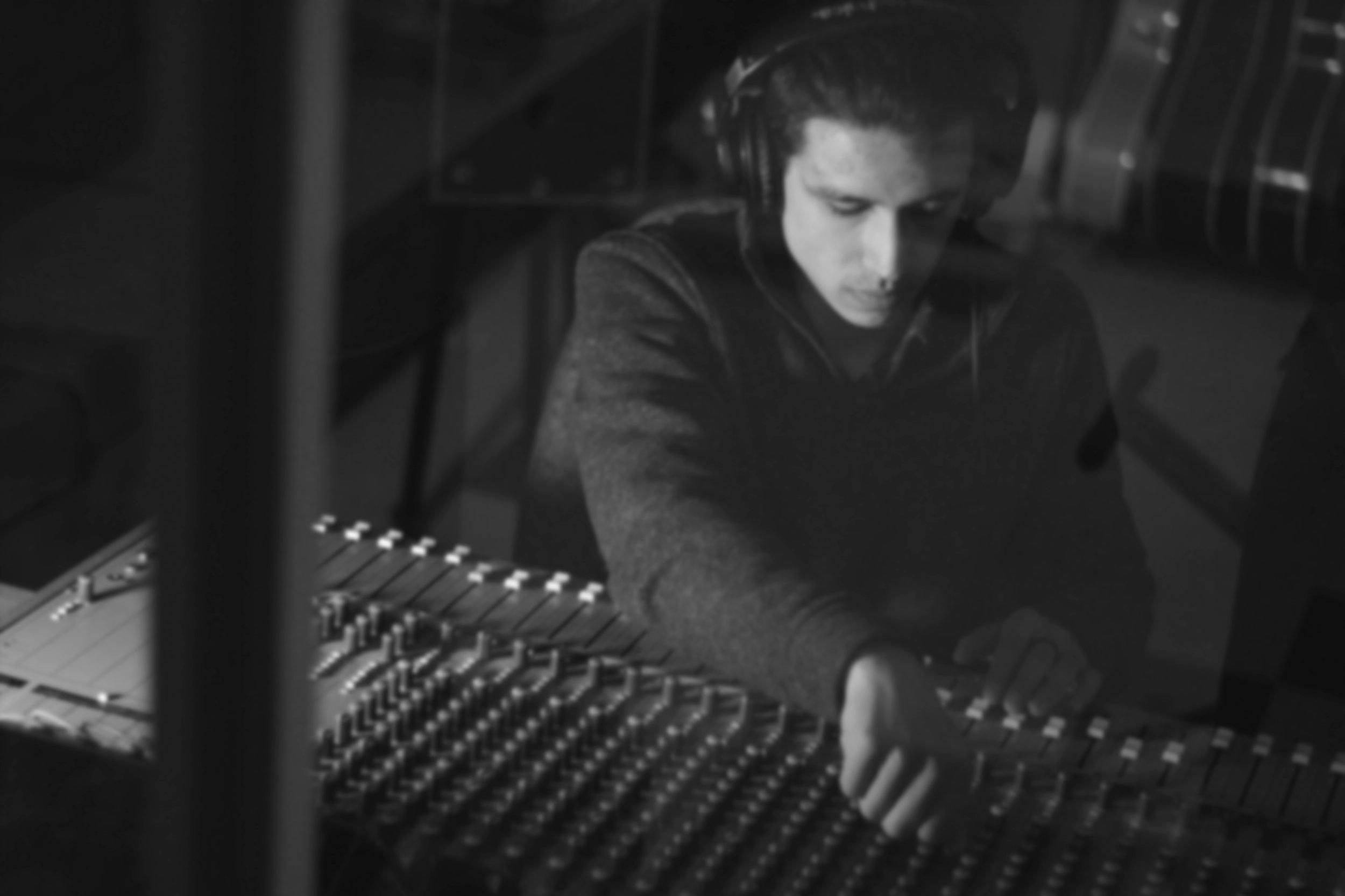 Alexander Smith-Richard - 3D Artist, Audio Engineer, Designer