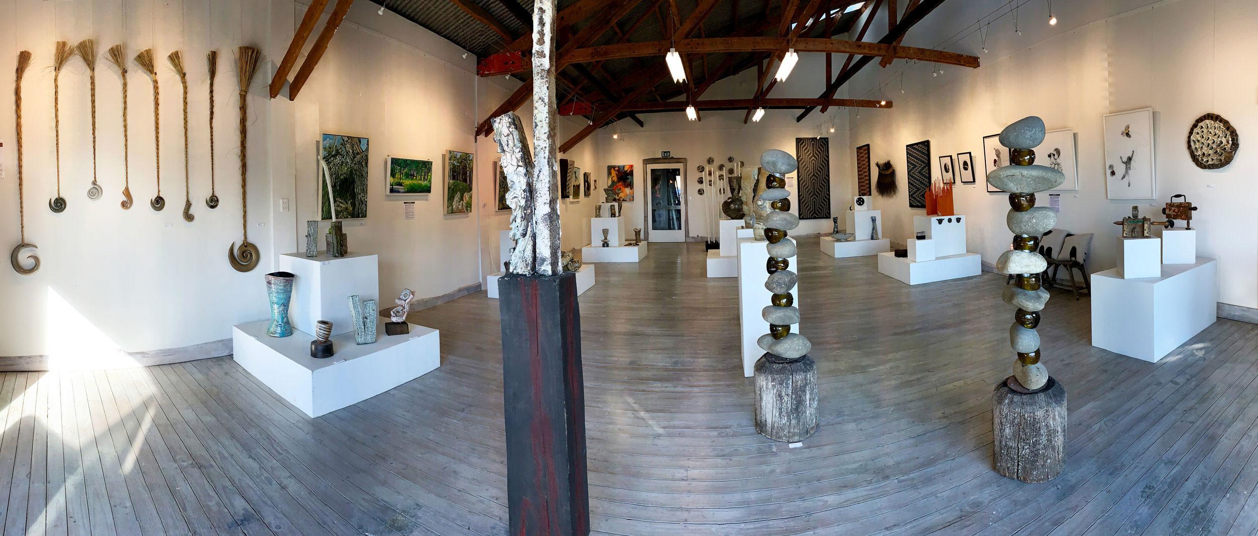 Darryl-Frost-Nelson-art-gallery4.jpg