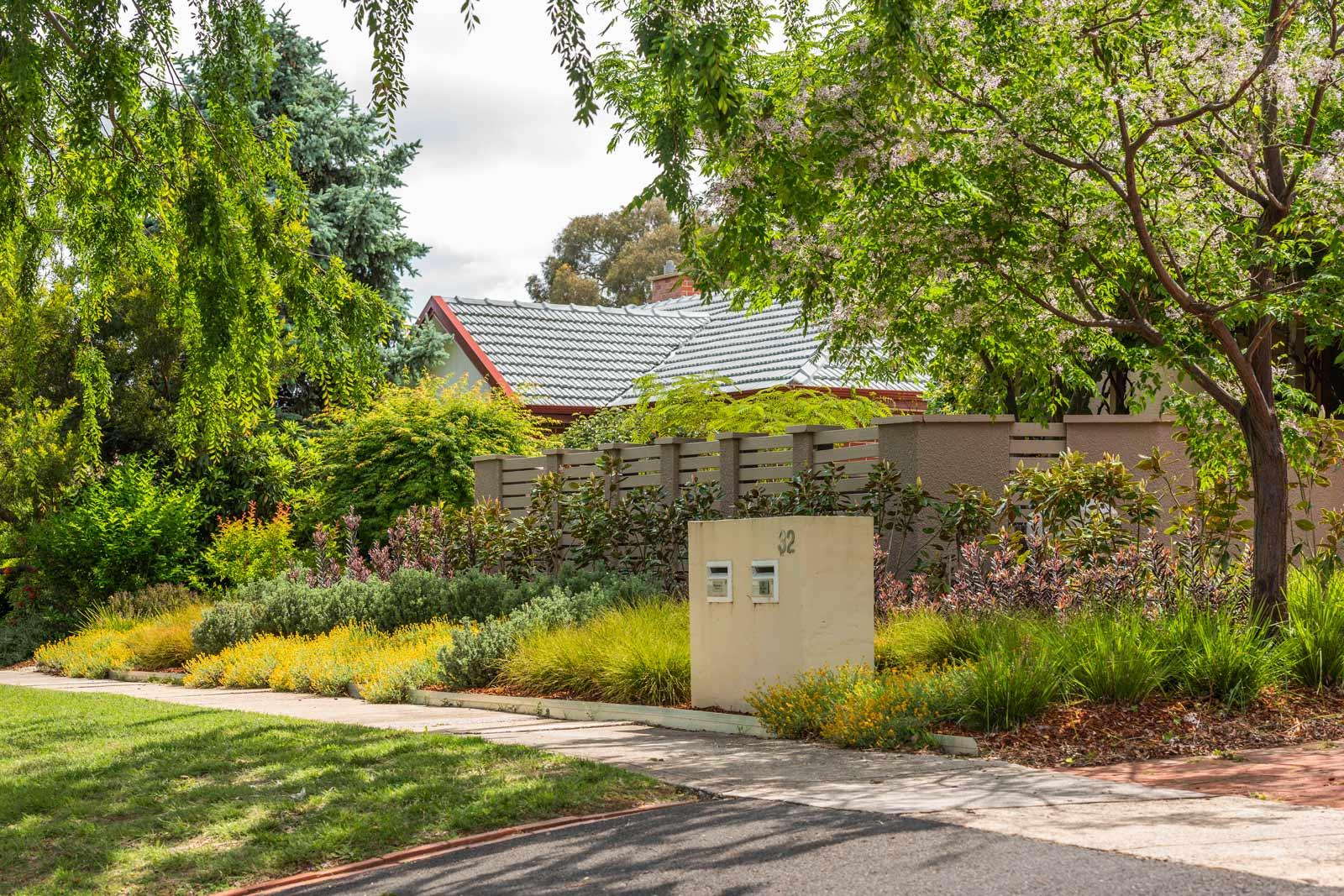 CanberraGardens_YARRALUMLA3.jpg