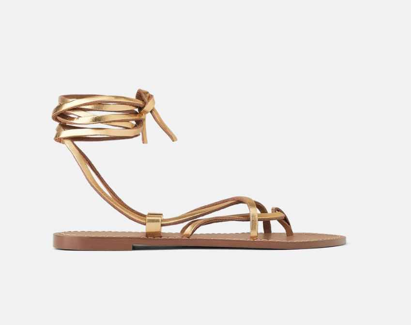 LOW-HEELED STRAPPY LEATHER SANDALS