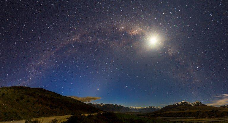 Making Milky Way Panoramas - We are about to head into the next stargazing season down here in the Southern Hemisphere –Click here to read more….