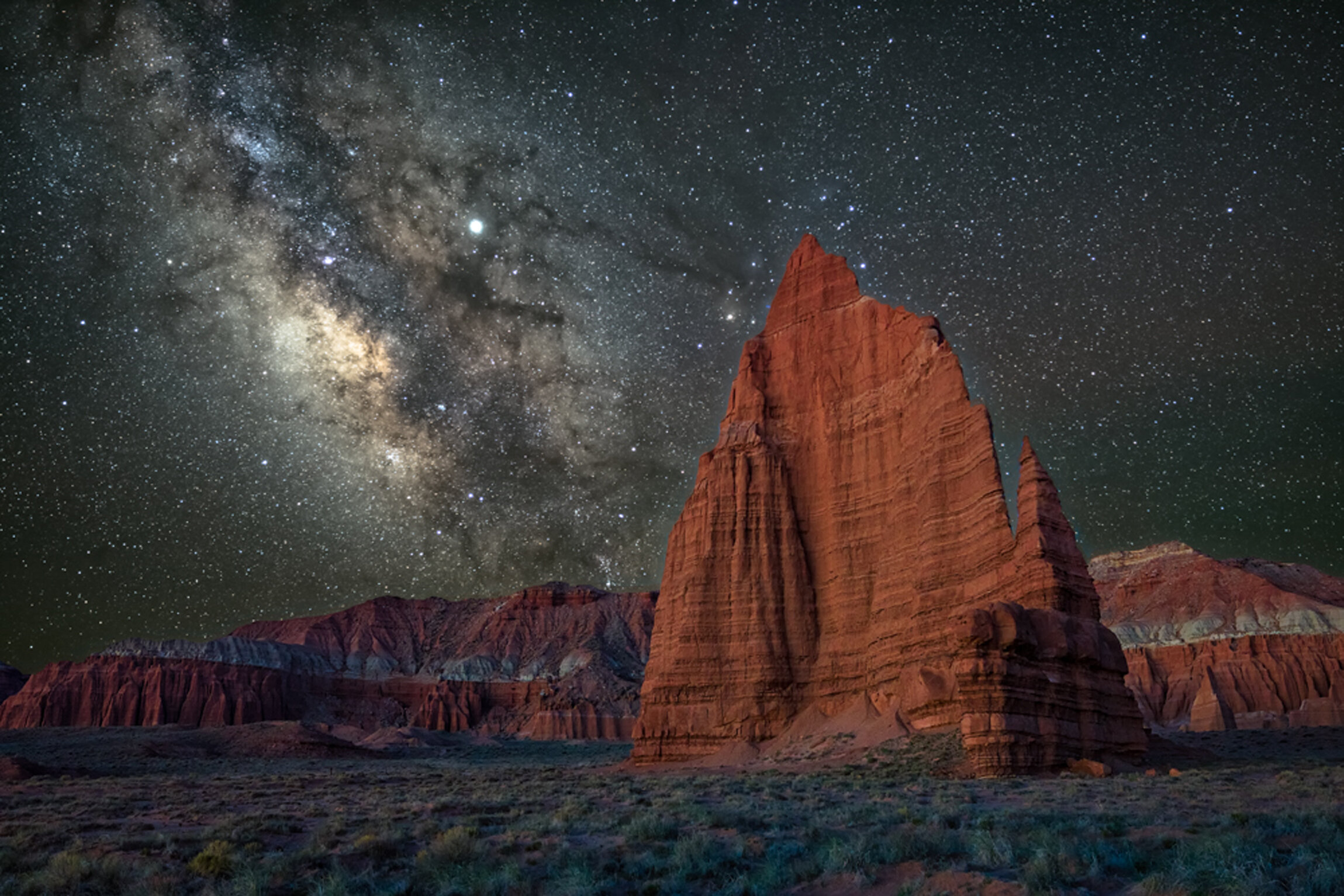 AN ARTIST IN RESIDENCE AT CAPITOL REEF NATIONAL PARK - When I decided to pursue a career in landscape and nature photography I already had in mind to combine my biology backgroundClick here to read more…