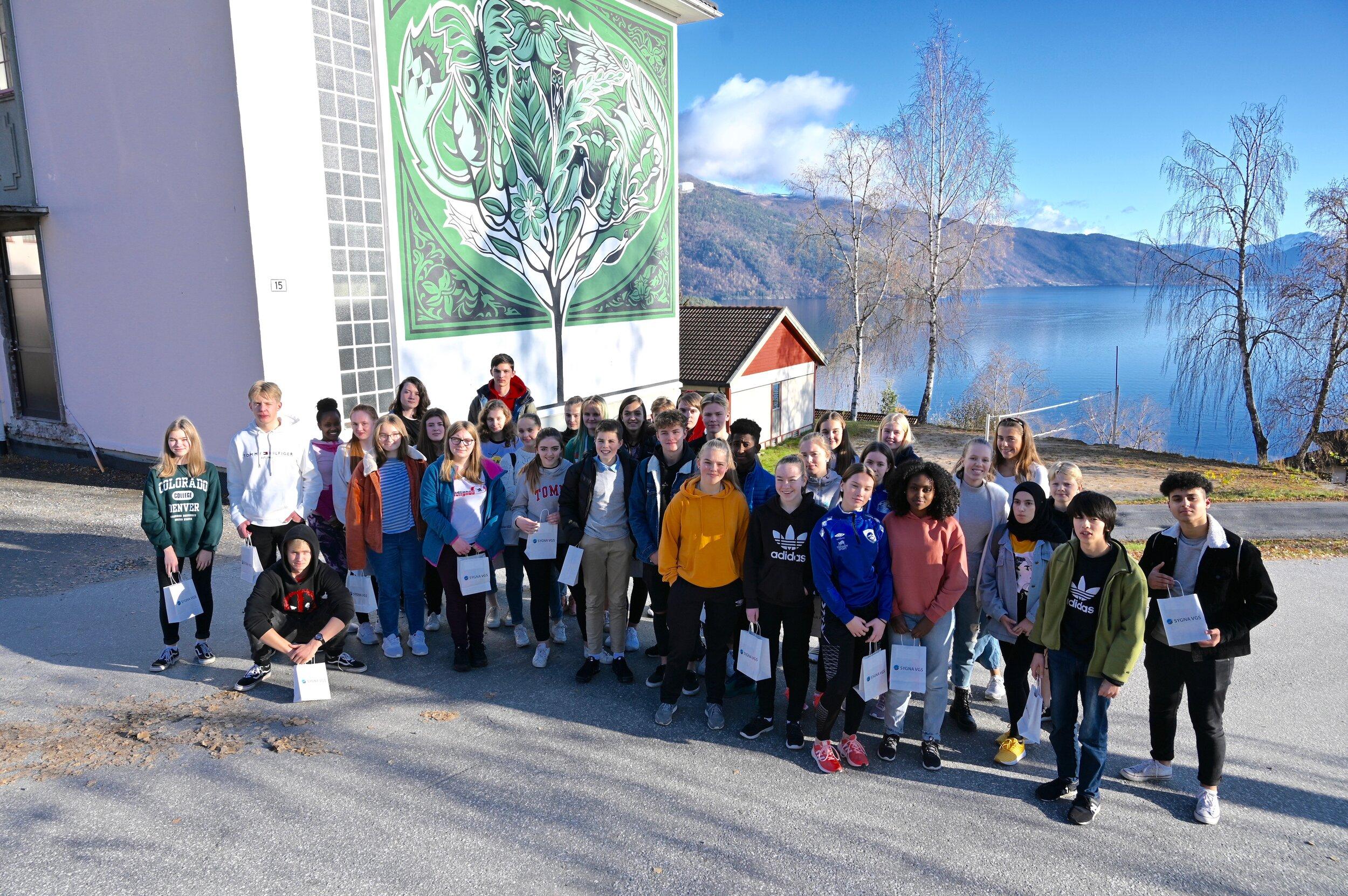 42 elevar frå 19 ulike skular vitja Sygna måndag og tysdag. Vi håper å sjå heile gjengen til skulestart i august.