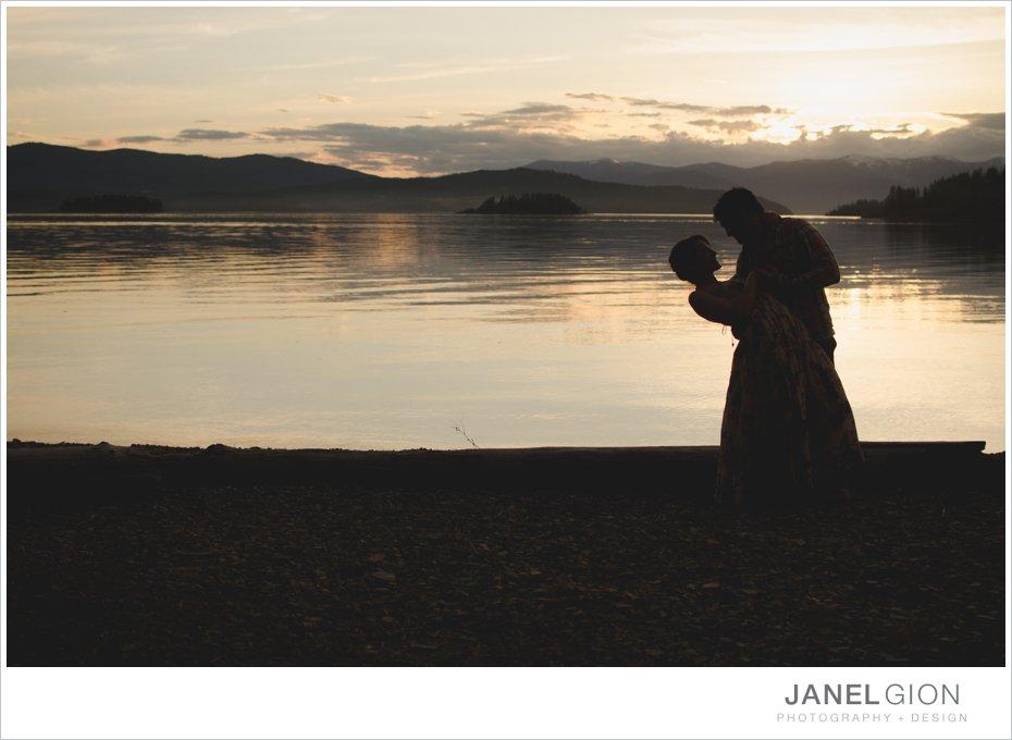 Janel-Gion-sailboat-beach-bikes-engagement-photos_0022.jpg