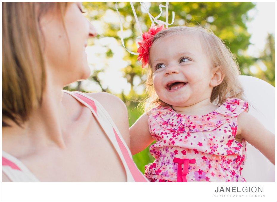 Janel-Gion-toddler-girl-balloon-photos_0013.jpg