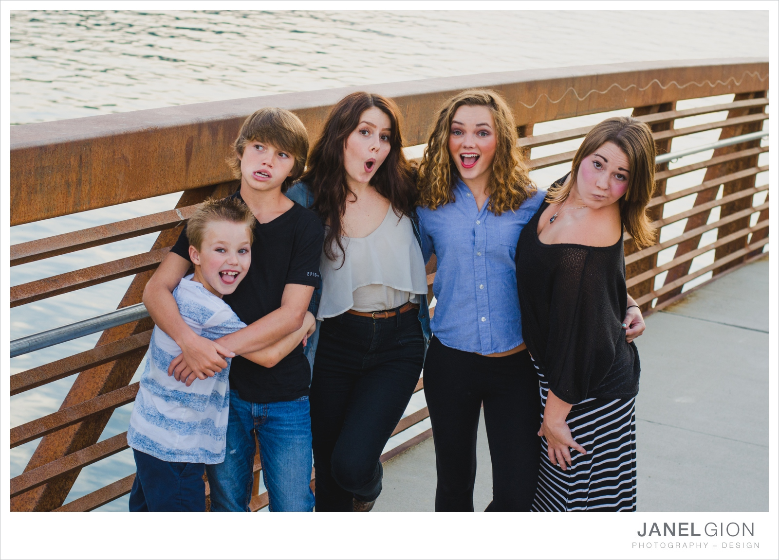 North-Idaho-Family-Children-Photographer-Year-in-Review-Contest-2013-Lifestyle-Family-Portraits-by-Janel-Gion-Photography_0019.jpg