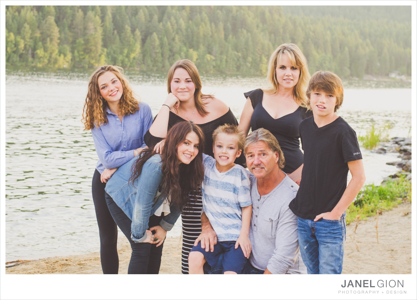 North-Idaho-Family-Children-Photographer-Year-in-Review-Contest-2013-Lifestyle-Family-Portraits-by-Janel-Gion-Photography_0020.jpg