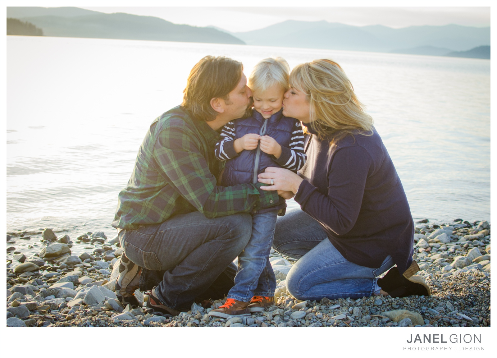 North-Idaho-Family-Children-Photographer-Year-in-Review-Contest-2013-Lifestyle-Family-Portraits-by-Janel-Gion-Photography_0041.jpg