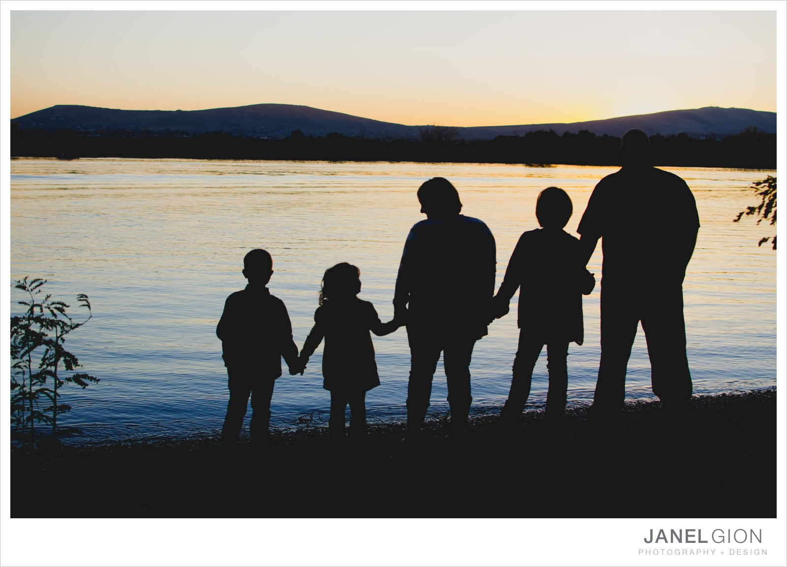 North-Idaho-Family-Children-Photographer-Year-in-Review-Contest-2013-Lifestyle-Family-Portraits-by-Janel-Gion-Photography_0047.jpg