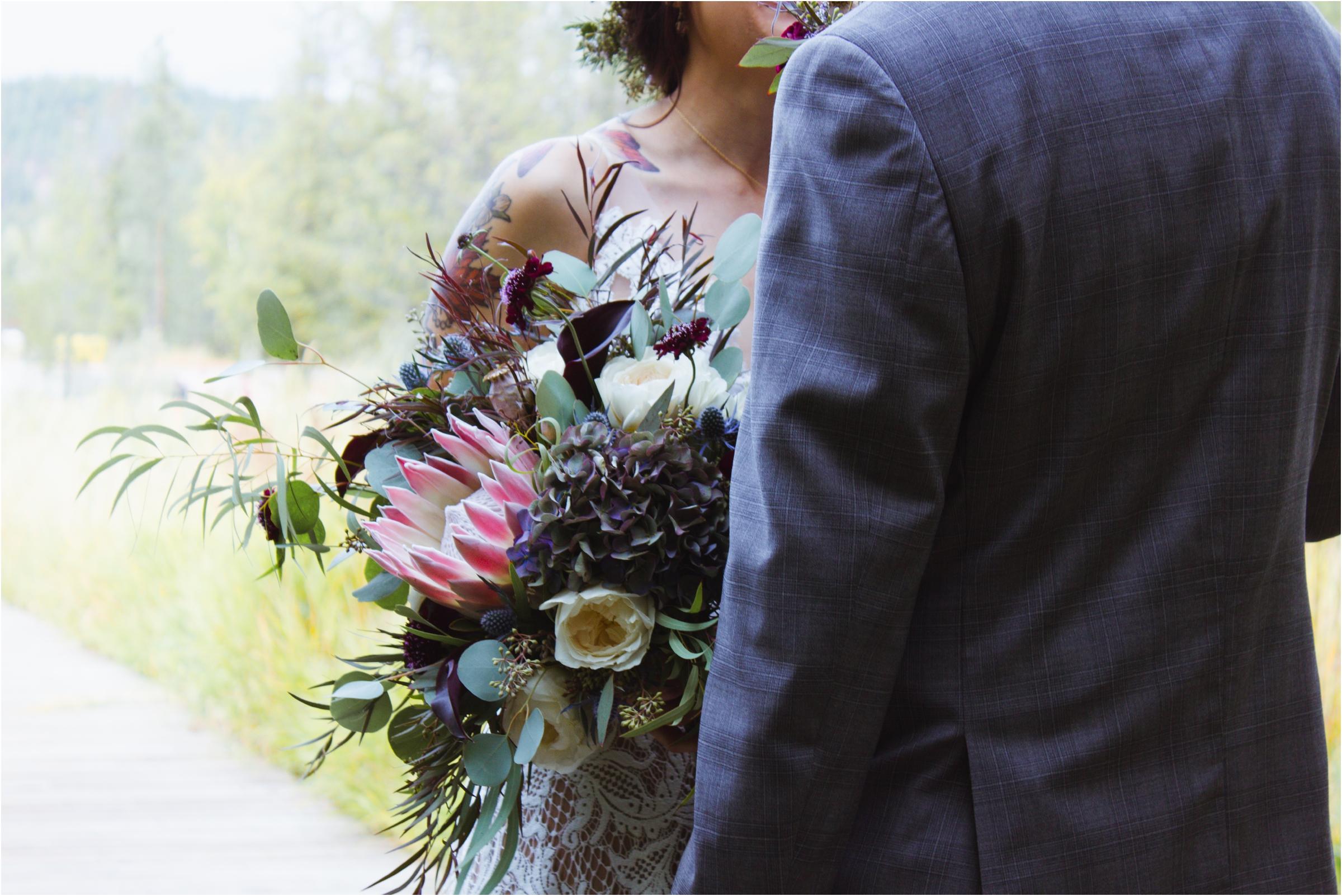 Janel-Gion-Wedding-Photographer-ShannonSteve-Sandpoint-Idaho.jpg_0008.jpg