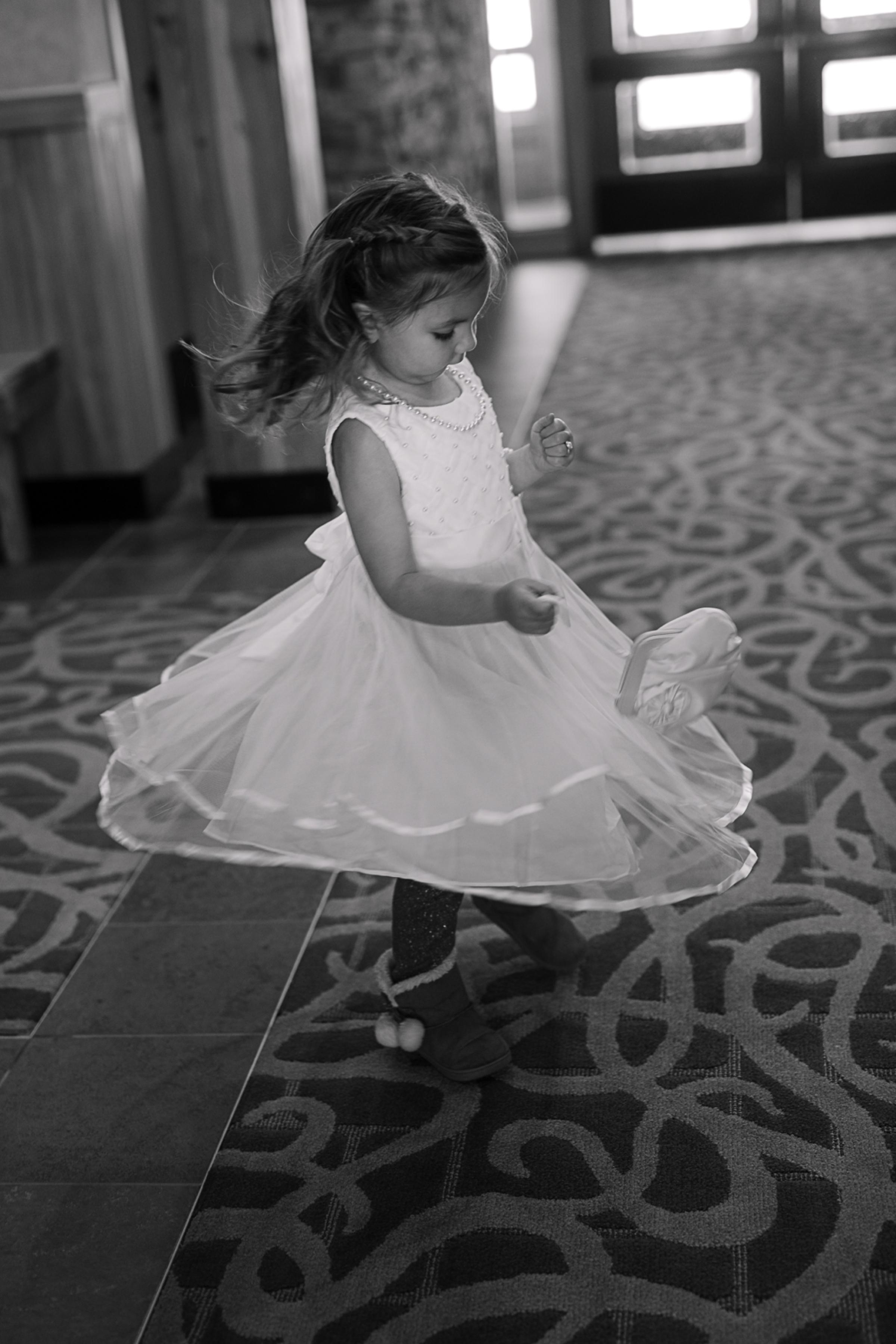 Janel-Gion-Wedding-Photographer-KristinRon-Sandpoint-Idaho.jpg_0001.jpg