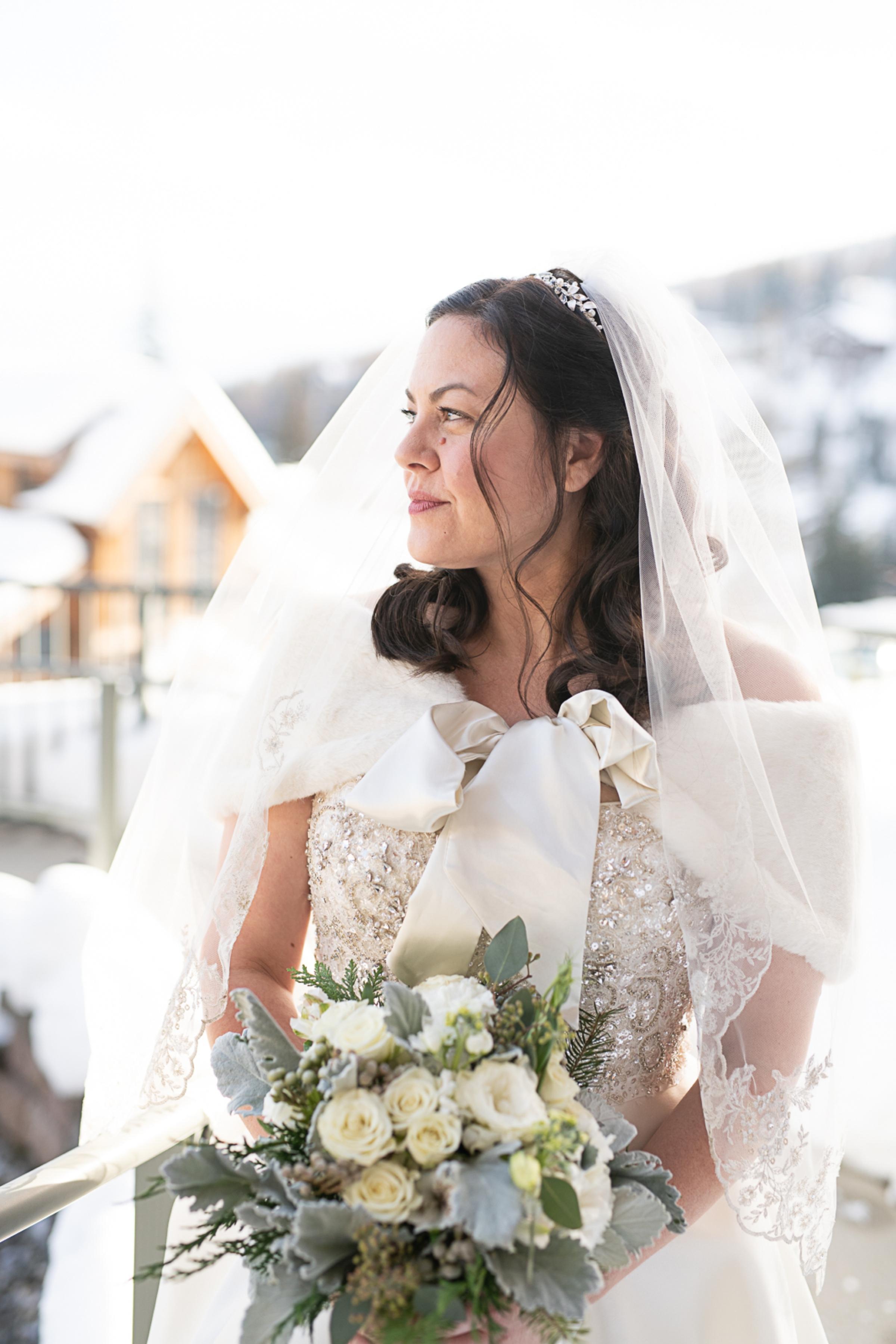 Janel-Gion-Wedding-Photographer-KristinRon-Sandpoint-Idaho.jpg_0004.jpg