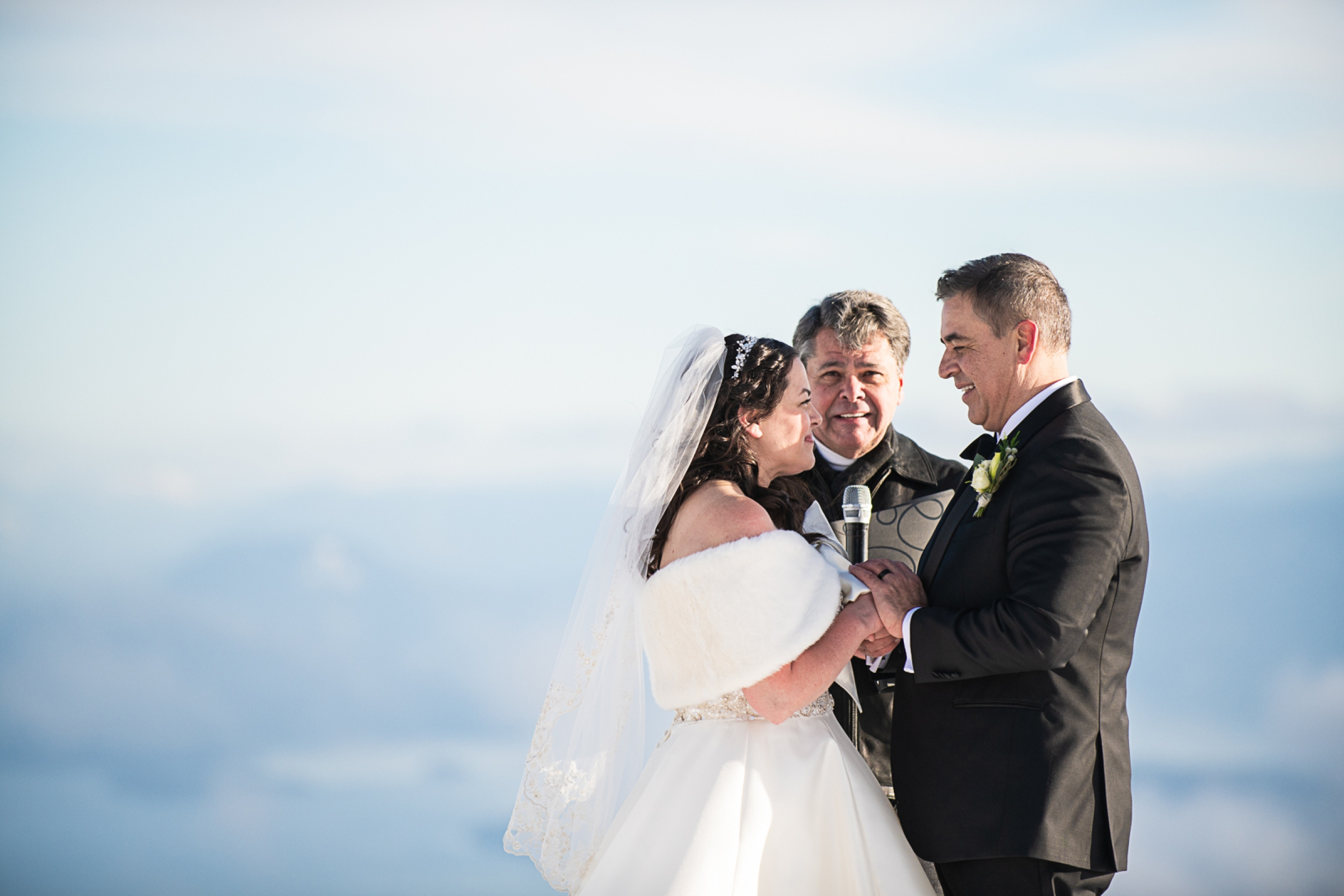 Janel-Gion-Wedding-Photographer-KristinRon-Sandpoint-Idaho.jpg_0010.jpg