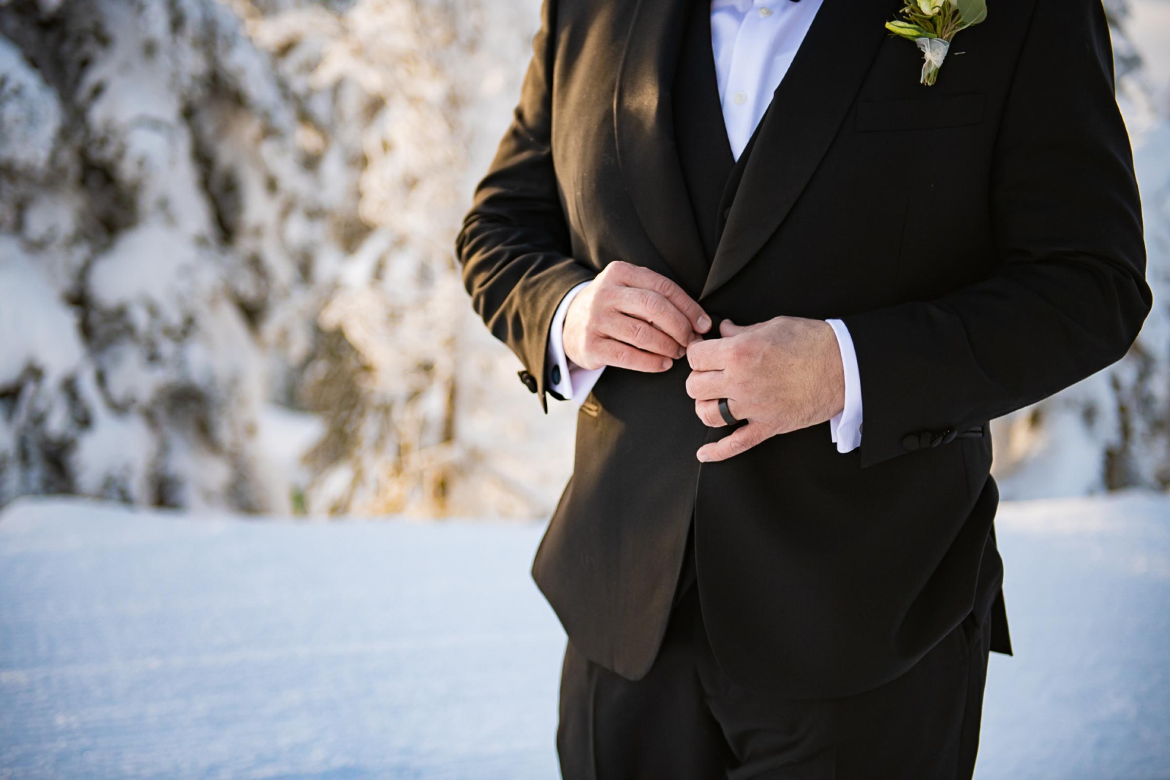 Janel-Gion-Wedding-Photographer-KristinRon-Sandpoint-Idaho.jpg_0017.jpg