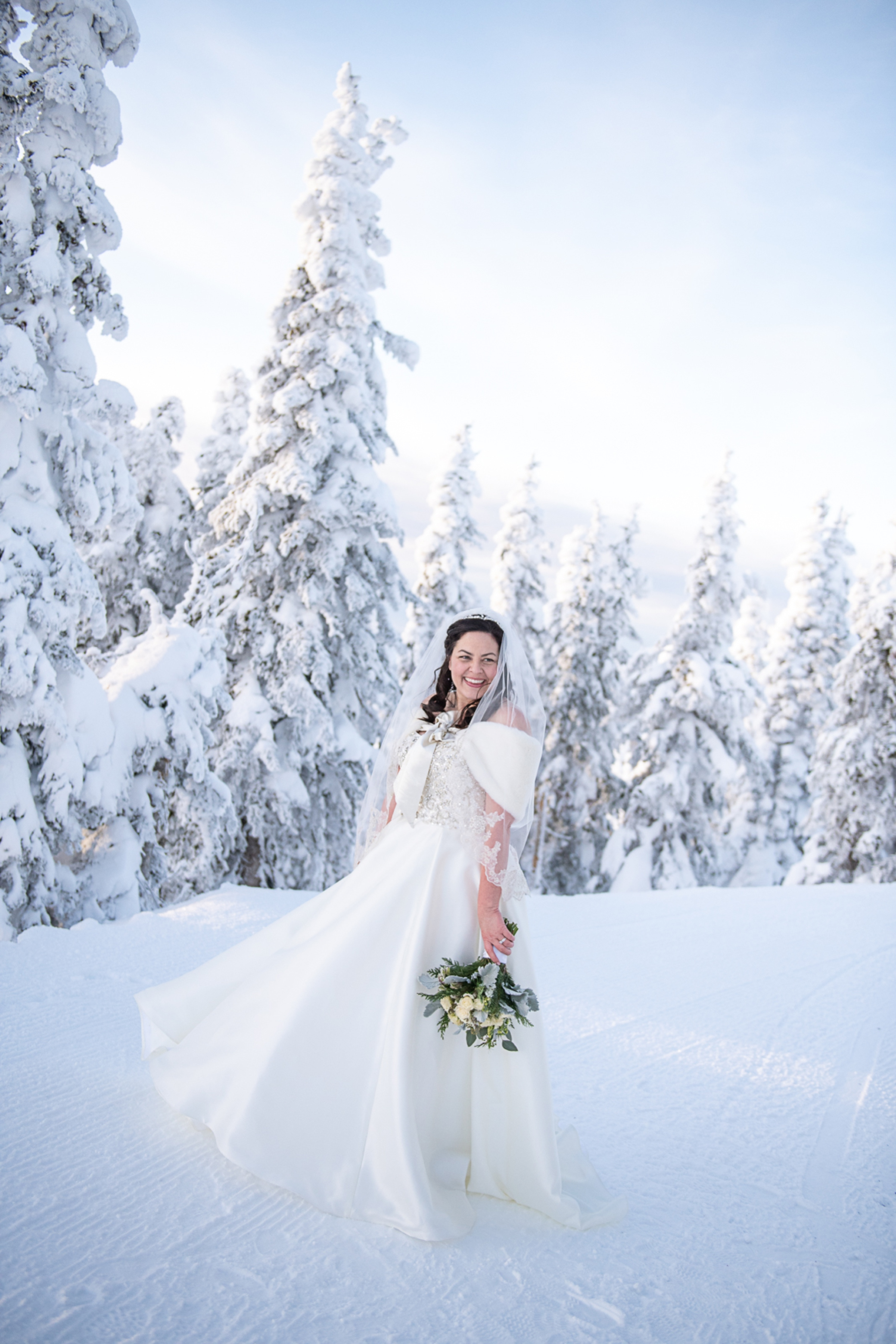 Janel-Gion-Wedding-Photographer-KristinRon-Sandpoint-Idaho.jpg_0020.jpg