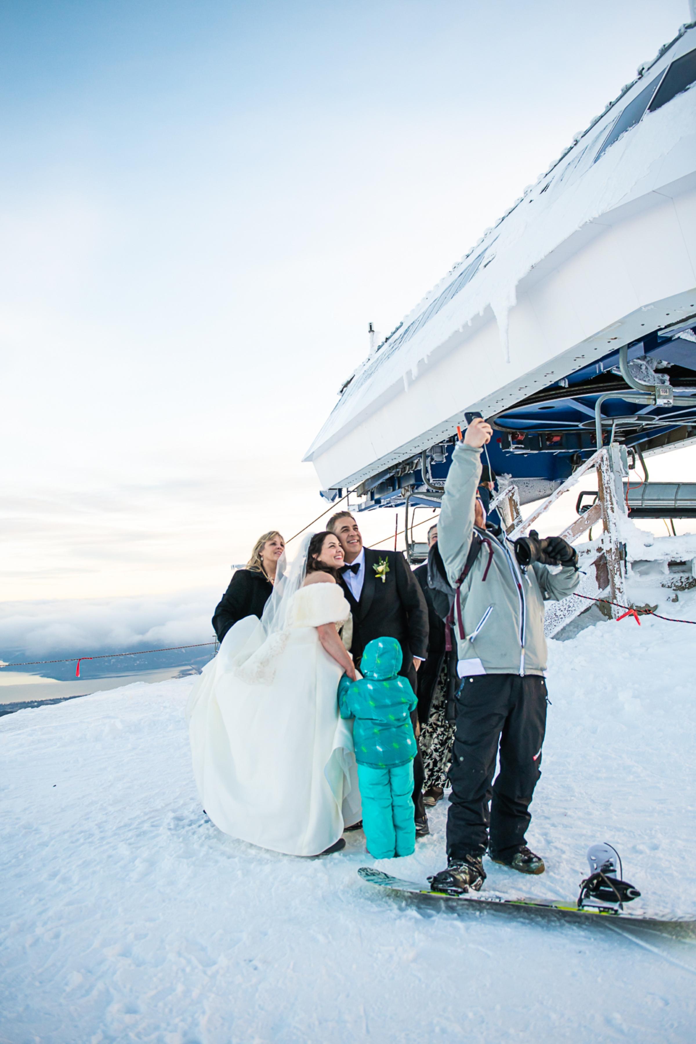 Janel-Gion-Wedding-Photographer-KristinRon-Sandpoint-Idaho.jpg_0028.jpg