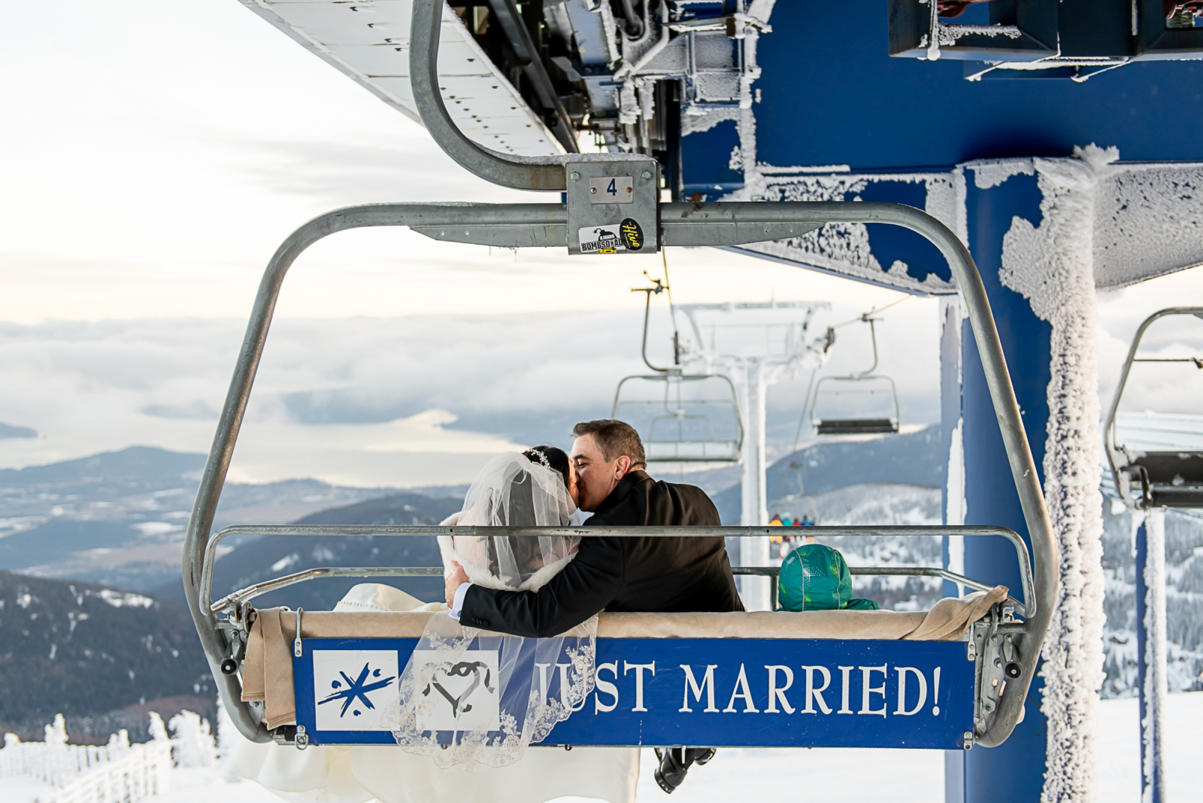 Janel-Gion-Wedding-Photographer-KristinRon-Sandpoint-Idaho.jpg_0029.jpg