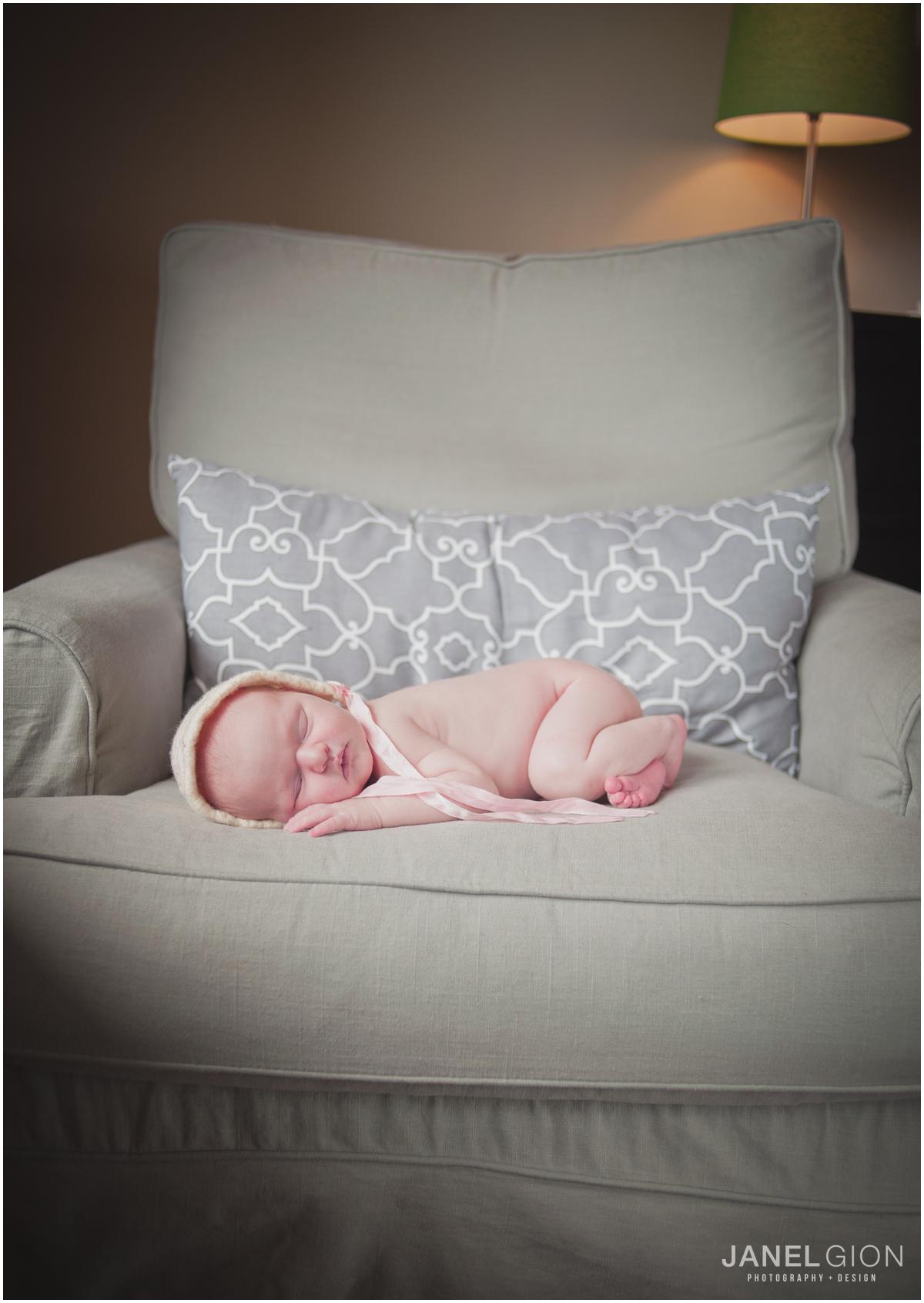 Janel-Gion-Sandpoint-Idaho-Newborn-Photographer_0001.png