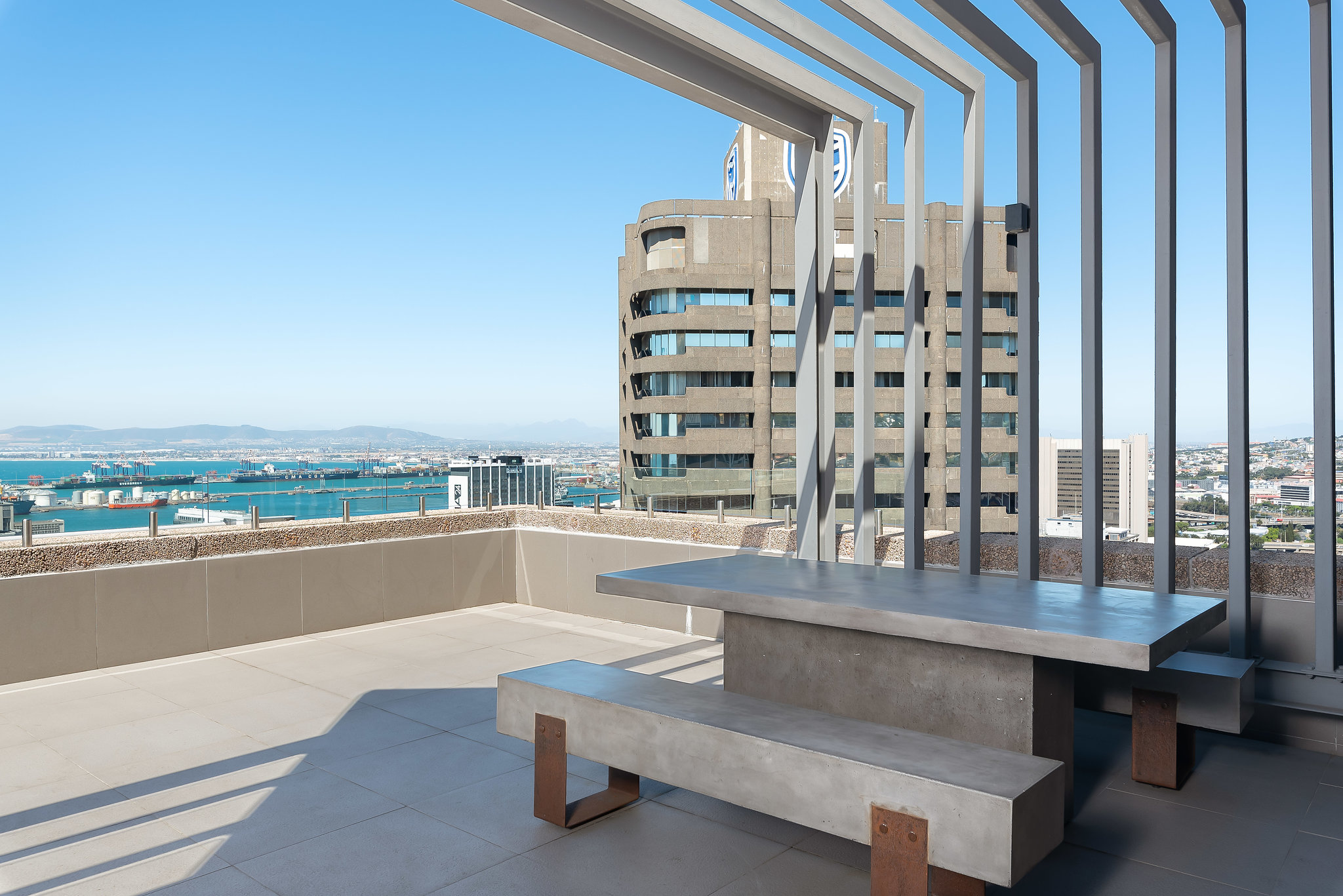 CapeTownCBDPenthouseApartmentForSale-2302RadissonBlu(17of19).jpg