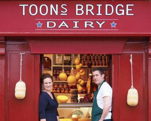 Toby & Jenny, Toons Bridge Dairy