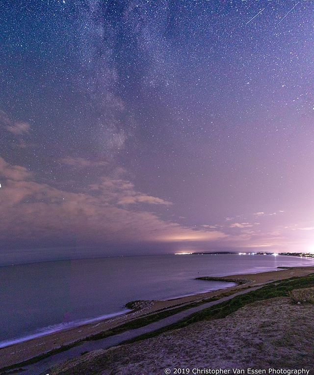 So I've sat on these images for a couple of weeks. Wasn't sure if I should post them or not.  Let me know what you think as I would love some feedback? . . #landscapephoto #astrophotography #canon80d #highcliffe #highcliffebeach #visitdorset #visitdorsetofficial #beachphotography @visitdorsetofficial #lovechristchurch #lovedorset @lovefordorset @love.mudeford @lovexchurch @dramatic_dorset #dramatic_dorset