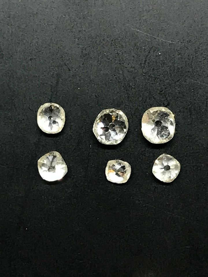 Old Cut Diamonds - Once unset we were better able to see the sizes and shapes of the old cut stones. This meant we could accurately build the CAD image to fit.