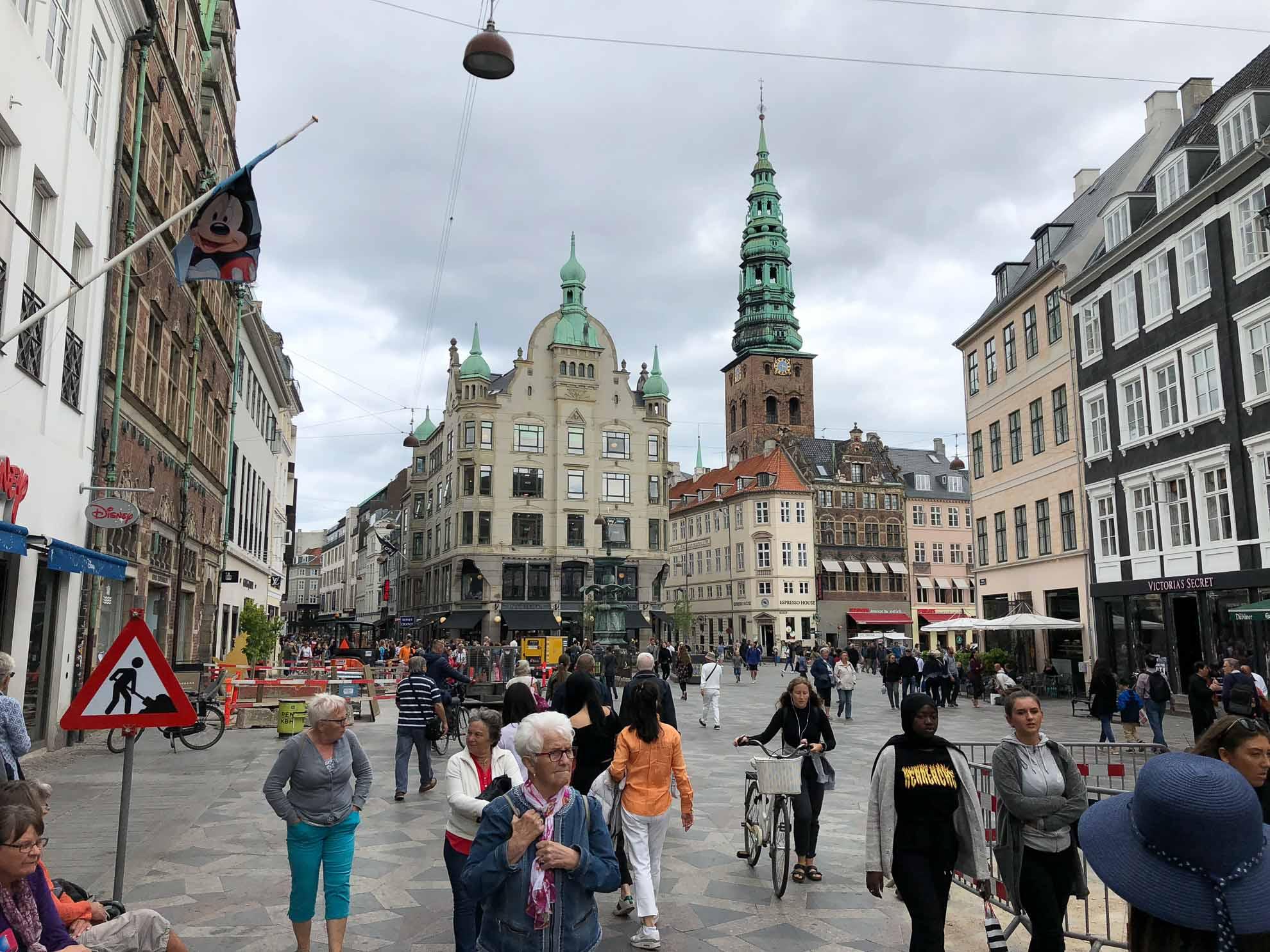 Während wir Kopenhagen erkunden, wird Malaika nach Finnland zu Reparaturarbeiten überführt