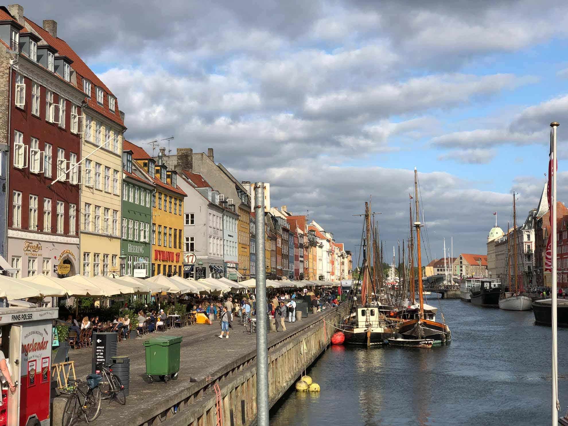 Die dänische Hauptstadt empfängt uns mit Trubel und bunten Eindrücken nach den ruhigen Zielen der vergangenen Wochen
