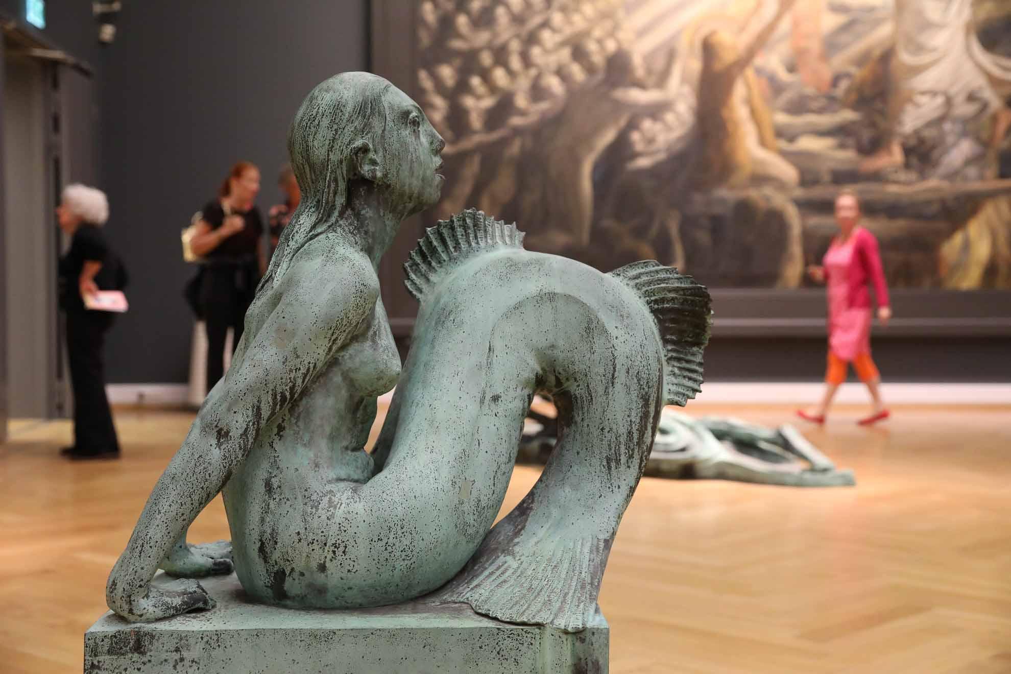 ... und sehen unter anderem die Meerjungfrau von Anne Marie Carl-Nielsen