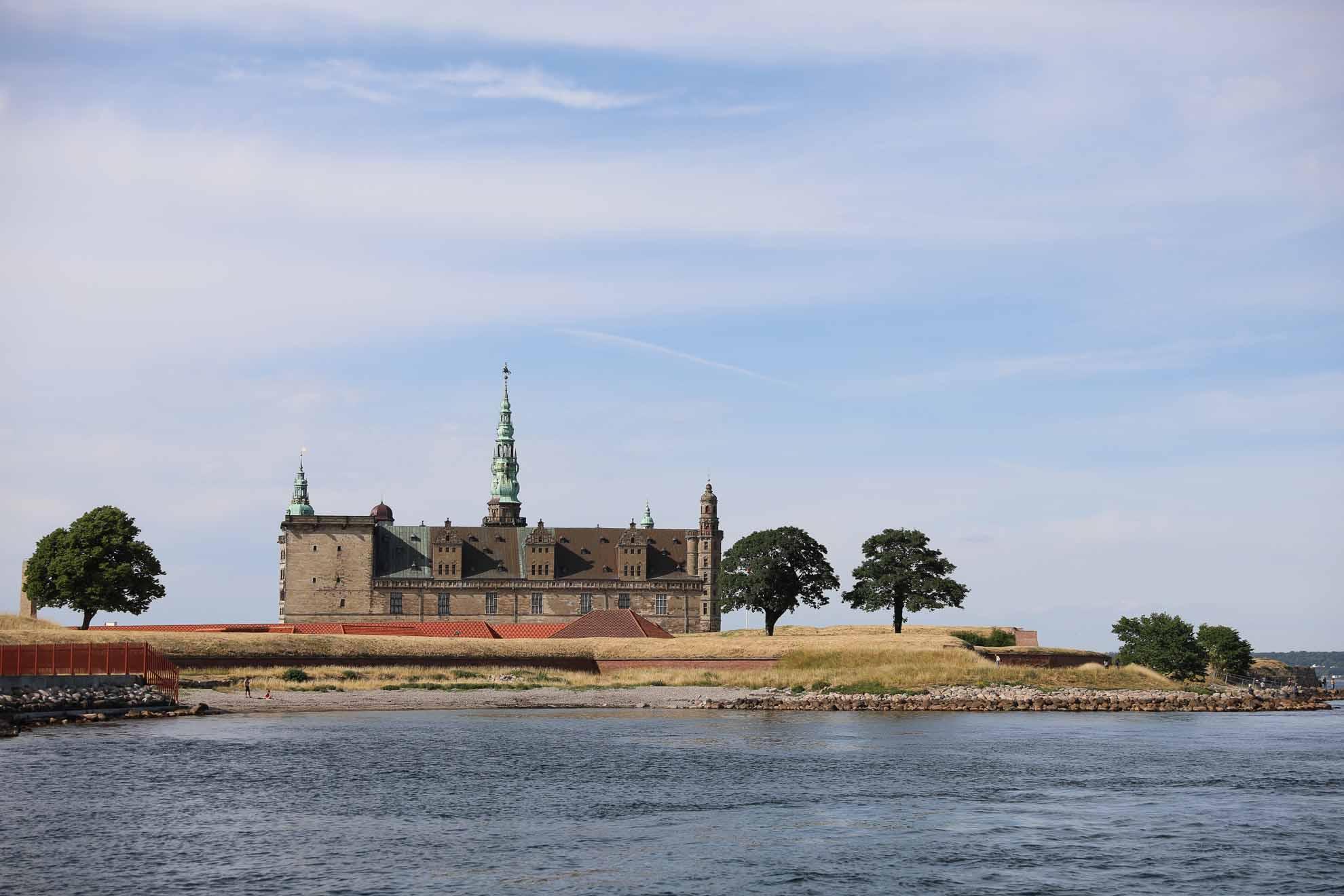Der nächste Stopp verspricht ein Highlight – Malaika läuft Helsingør – auf Englisch Elsinore – am Öresund an.