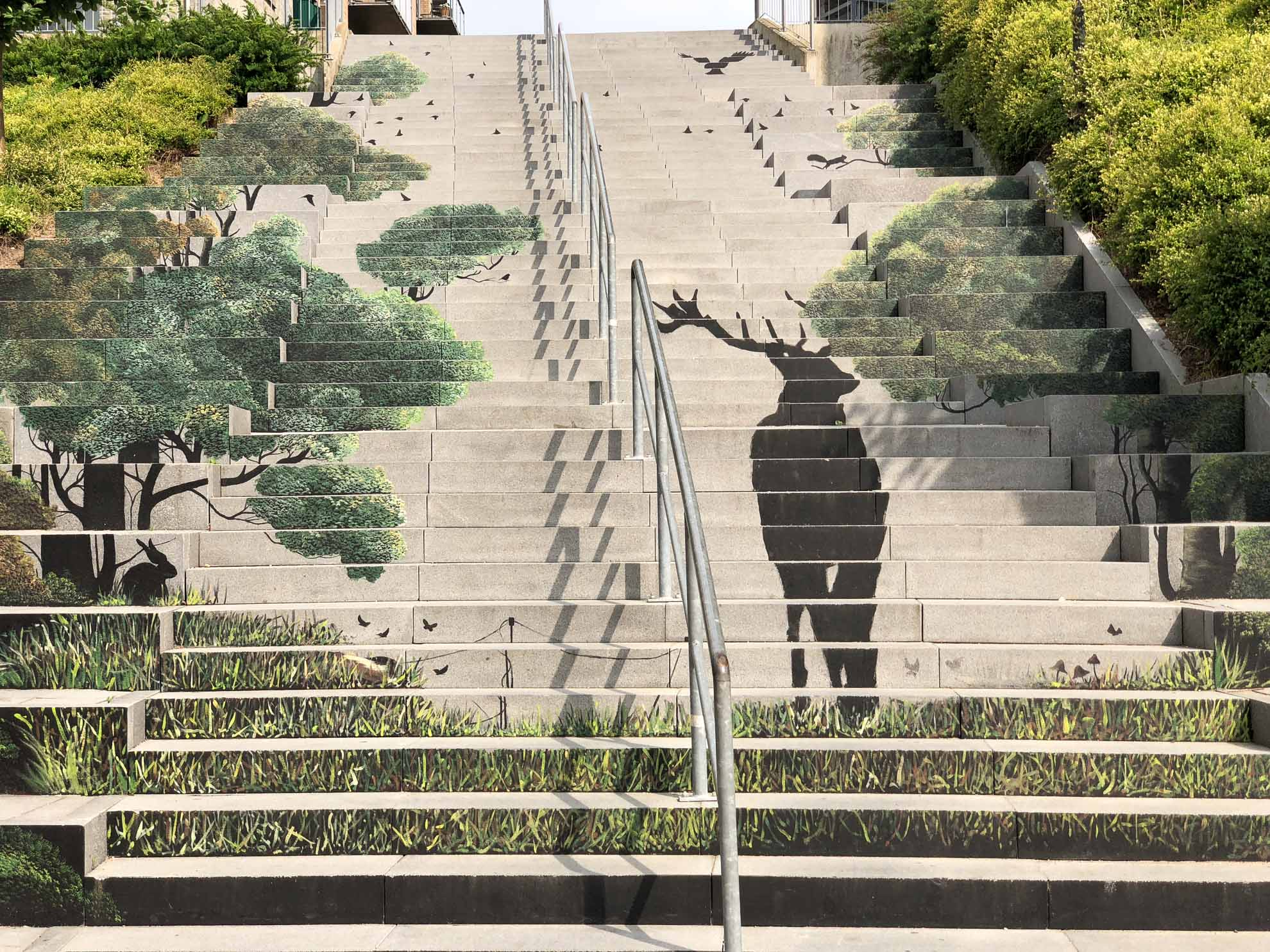 Treppenkunst in der Stadt.