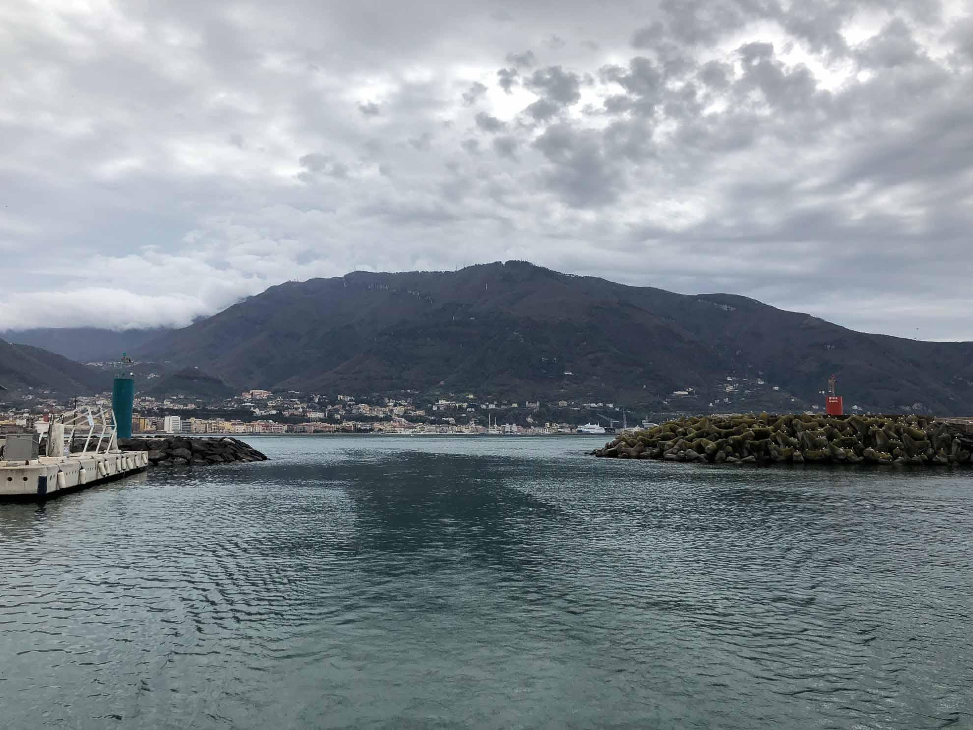 Es geht weiter, nach Castellammare di Stabia, rund 15 Seemeilen südlich von Neapel.