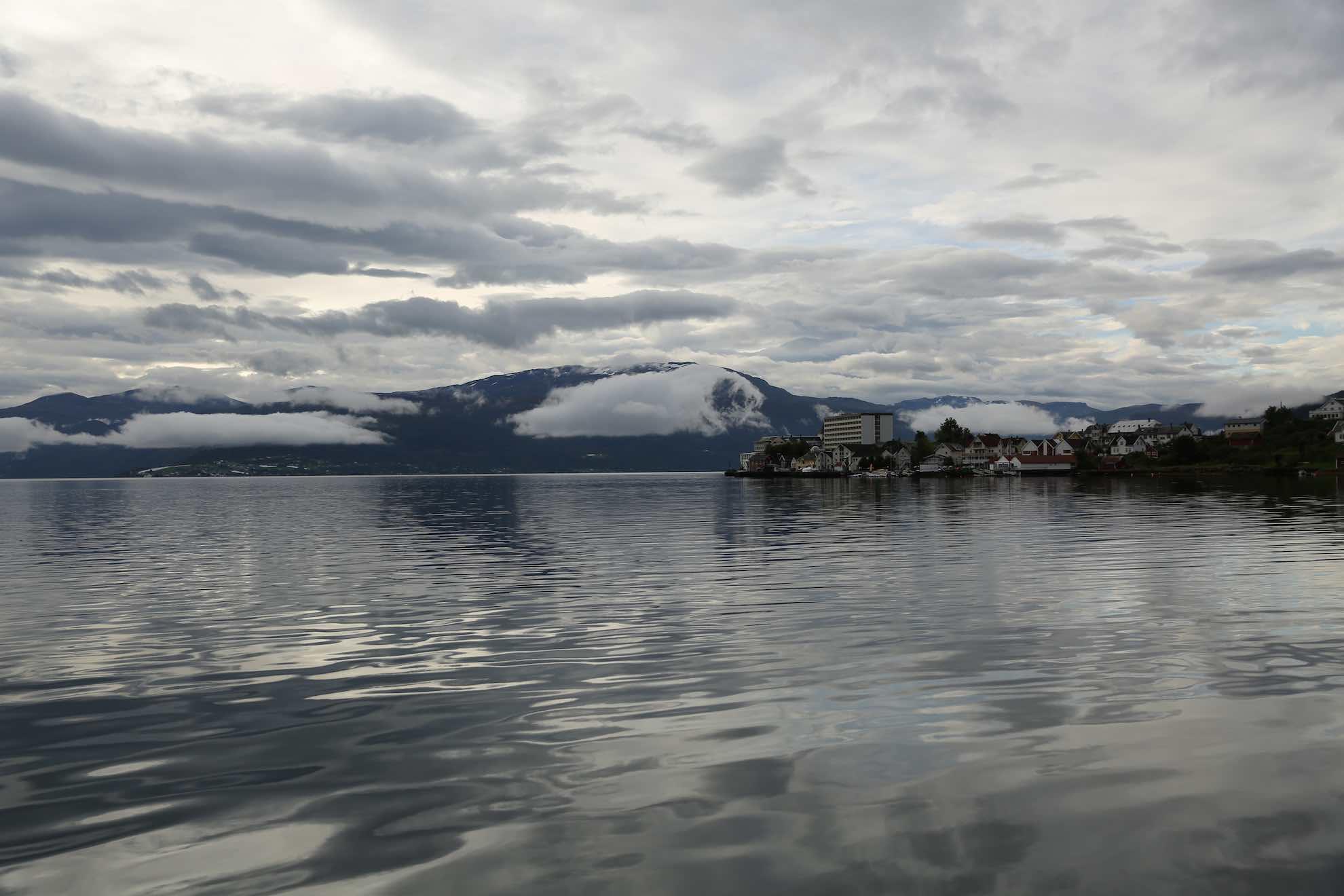 Nach zehn Tagen im Sognefjord treten wir den Rückweg zur Küste an.