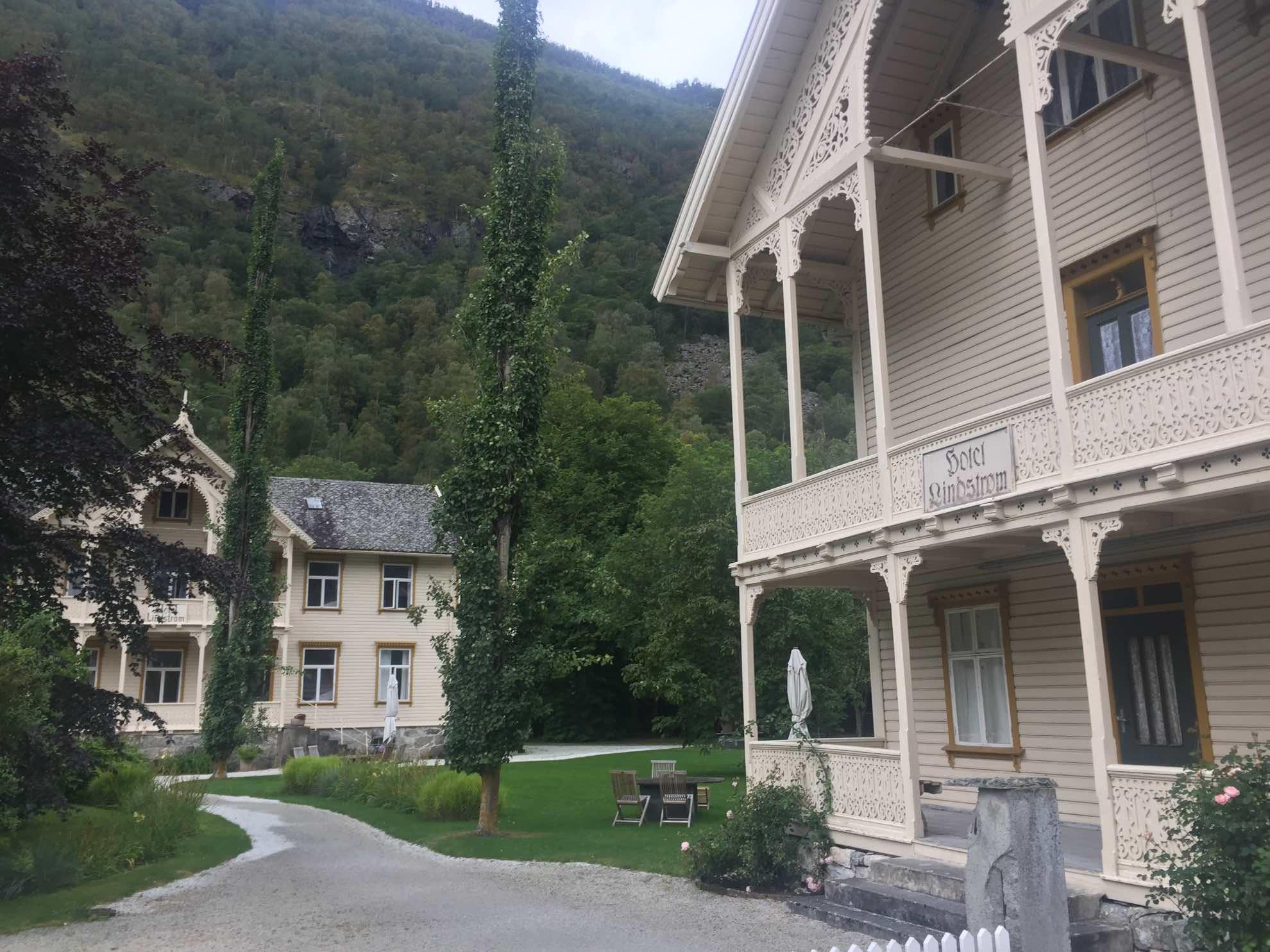 ... Im norwegischen Landhaus-Stil.